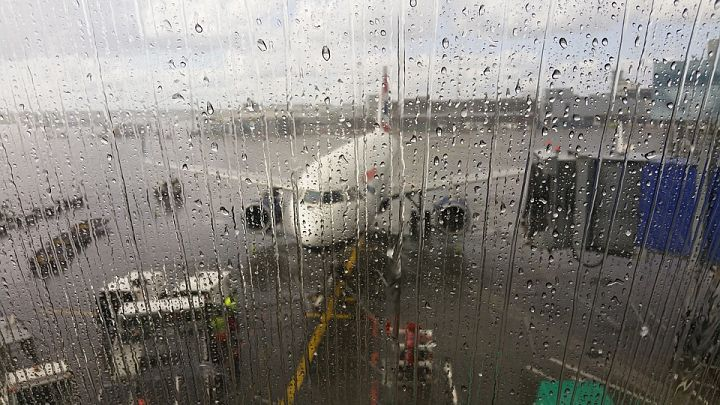 plane rain